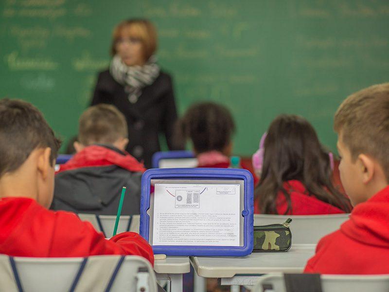 ensino-e-tecnologia-colegio-modelo